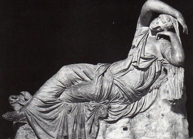 statua esposta