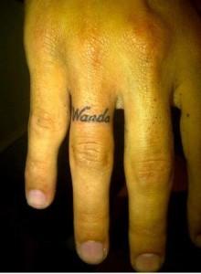 Tatoo Maxi Lopez: gemello di quello che Wanda vuole far rimuovere