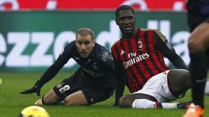 Palacio atterrato in area da Zapata durante Inter-Milan