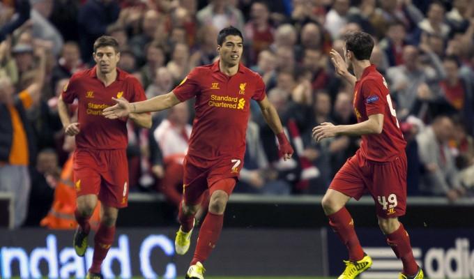 I giocatori del Liverpool festeggiano un gol