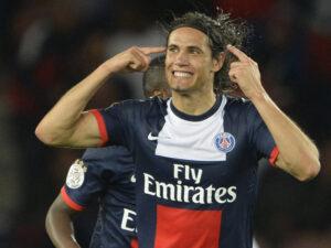 Edinson Cavani ha trascinato il PSG ai quarti della Coupe de la Ligue 1 con una doppietta.