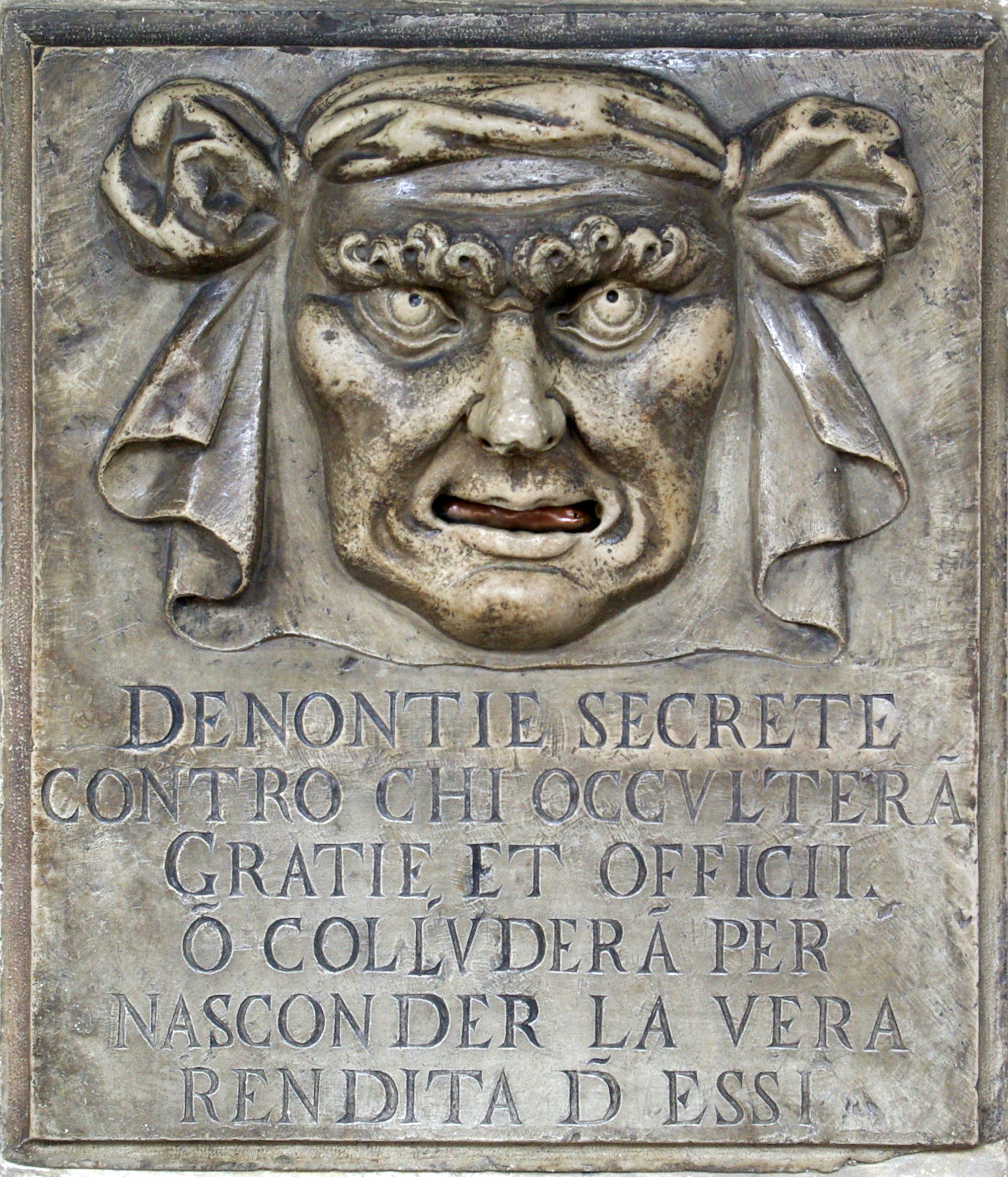 """La """"Bocca della delazione"""" di Venezia…"""
