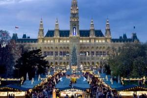 Vienna - Mercatini in piazza