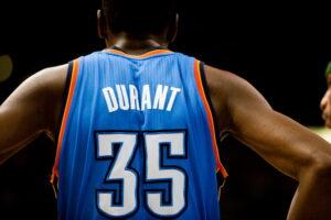Kevin Durant con la maglia di Oklahoma