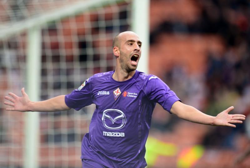 Borja Valero, al ritorno da titolare nel centrocampo della Fiorentina di Montella