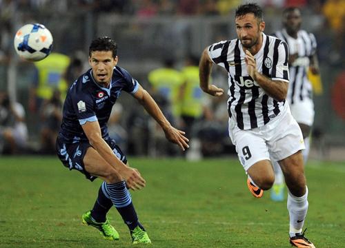 Hernanes e Vucinic, protagonisti del mercato di Inter, Juve e Lazio