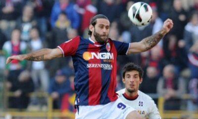 Davide Moscardelli con la maglia del Bologna
