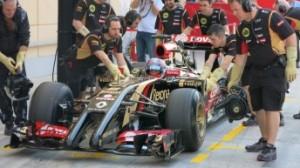Da segnalare oltre alla prestazione di Hamilton anche la nuova vettura della Lotus, non il massimo della bellezza