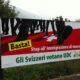 I manifesti anti-immigrazione dell'Udc, il partito dell'ultradestra svizzera.