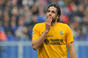 Giornata no per l'Hellas di Luca Toni