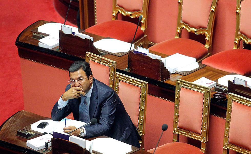Il sottosegretario per le Infrastrutture e i Trasporti Antonio Gentile.