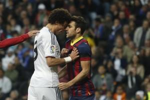 Sempre tanta tensione tra Real e Barça: Pepe testa a testa con Fabregas