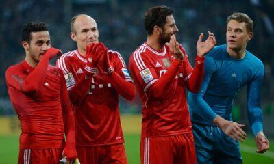 Bundesliga: i giocatori del Bayern festeggiano il titolo