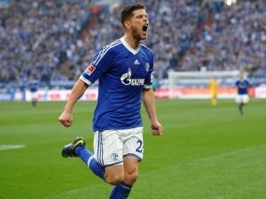 Bundesliga: Huntelaar ne fa tre