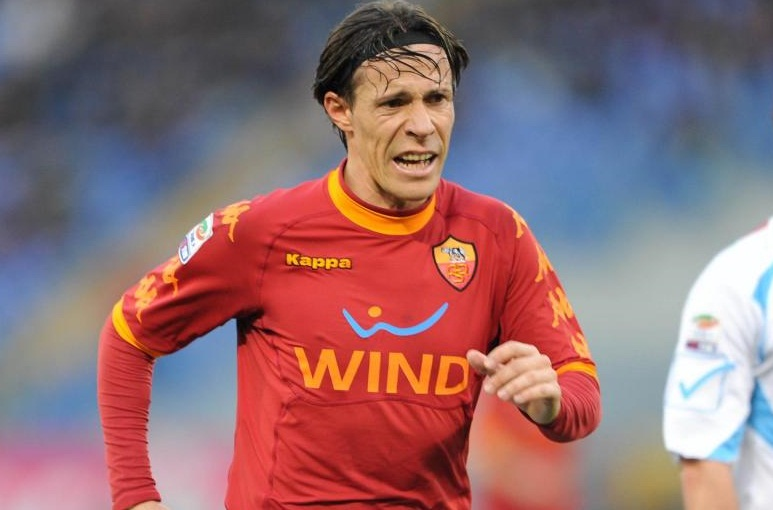 Rodrigo Taddei, centrocampista della Roma.