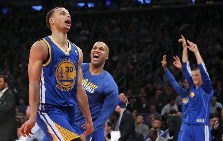 33 punti Curry trascinano Golden State alla vittoria sui Clippers.