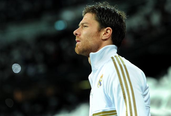 Xabi Alonso, con la maglia del Real Madrid