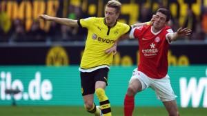 Bundesliga: Reus realizza un rigore contro il Mainz