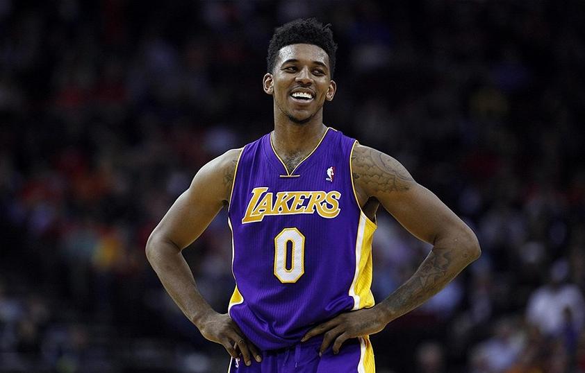 Un super Nick Young regala ai Lakers il successo sugli Spurs
