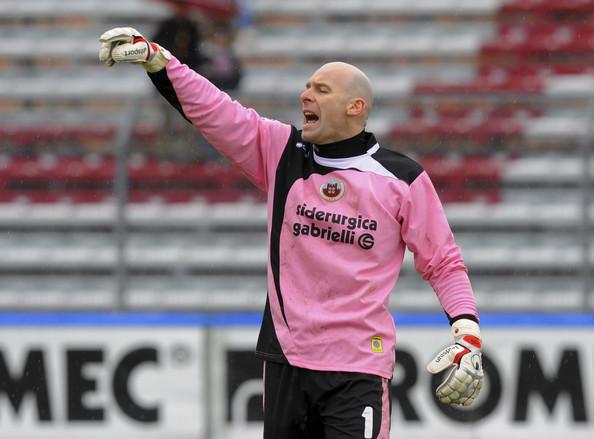 Andrea Pierobon, saracinesca della top 11 per la 32esima di Serie B