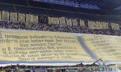 Striscione della Curva nord Inter