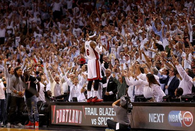 LeBron James vs Nets
