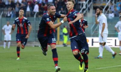 Dopo la splendida stagione a Crotone la Fiorentina valuta il rientro alla base del giovane Bernardeschi.