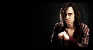 Tom Hiddleston è il vampiro Adam nel suo timo lavoro cinematografico