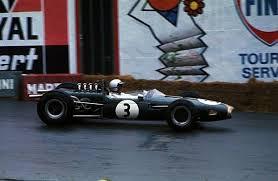 Brabham alla guida della sua creatura dove vinse il titolo mondiale nel '66