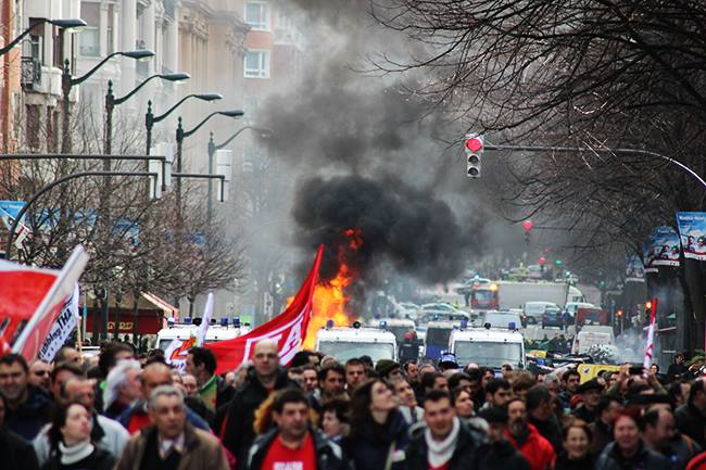 Strage ad Odessa, i nazisti di Pravji Sektor ne sono i responsabili