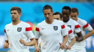 I peggiori dell'Inghilterra, Jagiela in difesa e Gerrard in mezzo al campo
