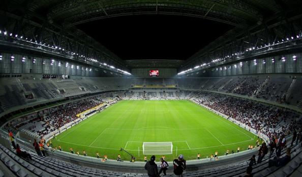 Dopo tante polemiche l'Arena da Baixada è pronta per il mondiale 2014.