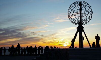 capo nord fiordi norvegia sole mezzanotte
