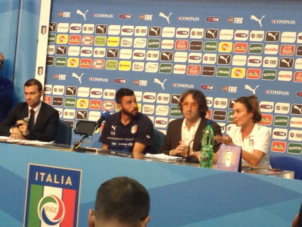 Andrea Barzagli parla in conferenza stampa