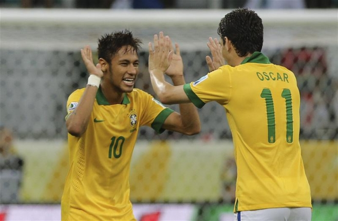 Neymar, doppietta nel match inaugurale per lui