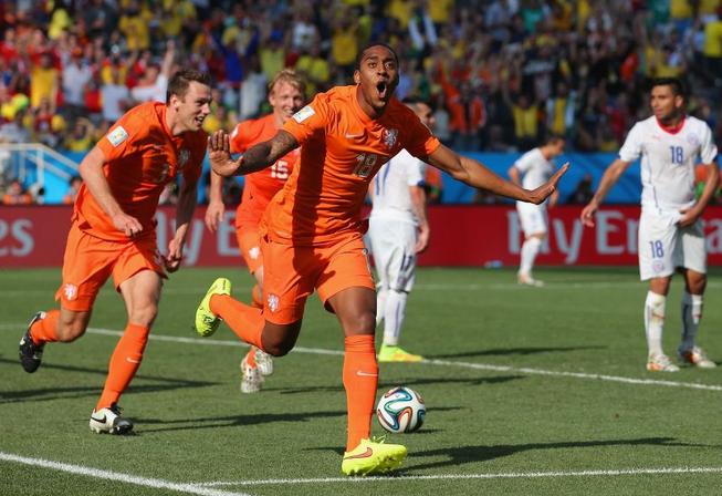 Fer e Depay stendono il Cile, Olanda prima nel Gruppo B