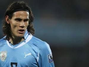 Grande prova di Cavani che insieme a Suarez trascina l'Uruguay alla vittoria