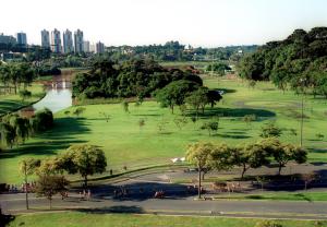 Vista del bellissima parco Tingui di Curitiba.