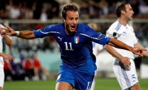 Alberto Gilardino, attaccante della Fiorentina, potrebbe giocare titolare al fianco di Mario Gomez