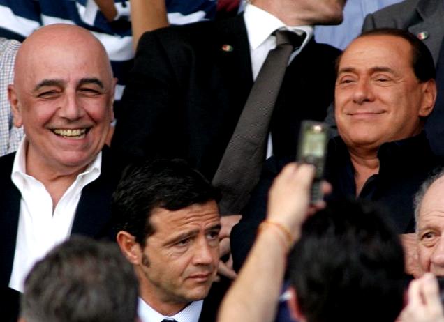 Il duo Galliani-Berlusconi si muove sul mercato tra rifiuti e cambi di rotta