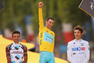 Tour de France: Jean-Cristophe Peraud sul podio di Parigi