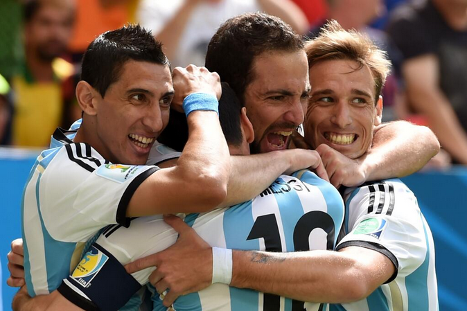 Un gol di Higuain manda l'Argentina in semifinale