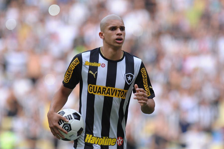 Doria, difensore del Botafogo che piace alla Lazio