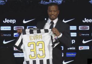 Patrice Evra si presenta come nuovo giocatore della Juventus Triplete