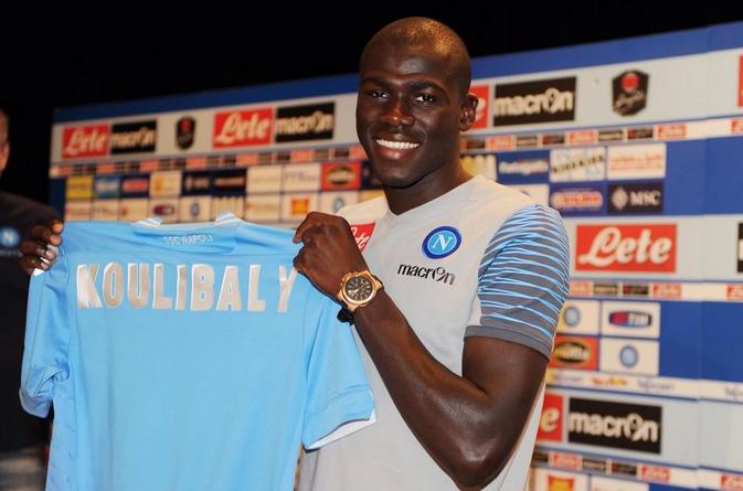 Koulibaly si presenta alla stampa