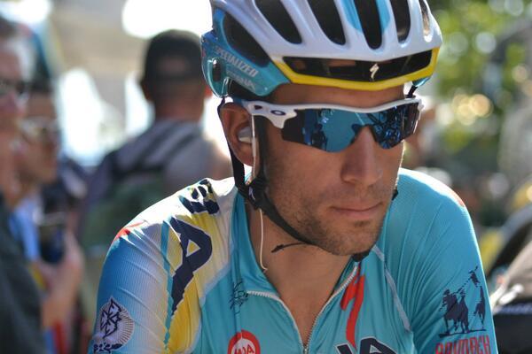 Nibali trionfa nella seconda tappa del Tour de France