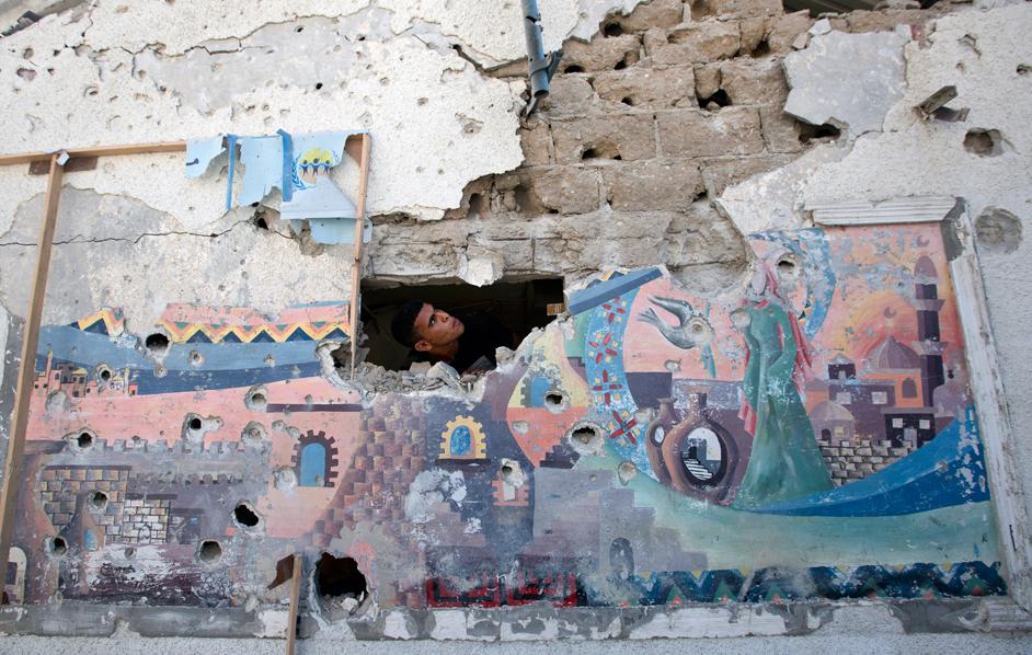 Un palestinese nascosto in una scuola dell'Onu a Jabaliya
