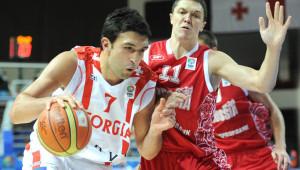 Zaza Pachulia, centro dei Milwaukee Bucks, tenterà di portare la sua Georgia ai prossimi Europei in programma nel 2015