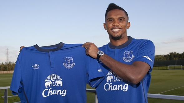 Eto'o con la maglia dell'Everton