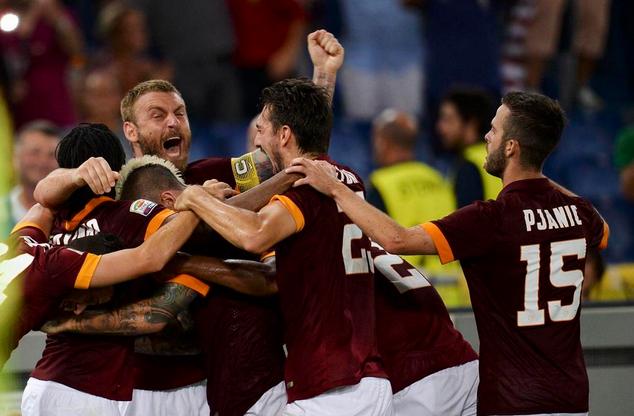 La Roma batte la Fiorentina per 2-0 nell'anticipo della prima giornata